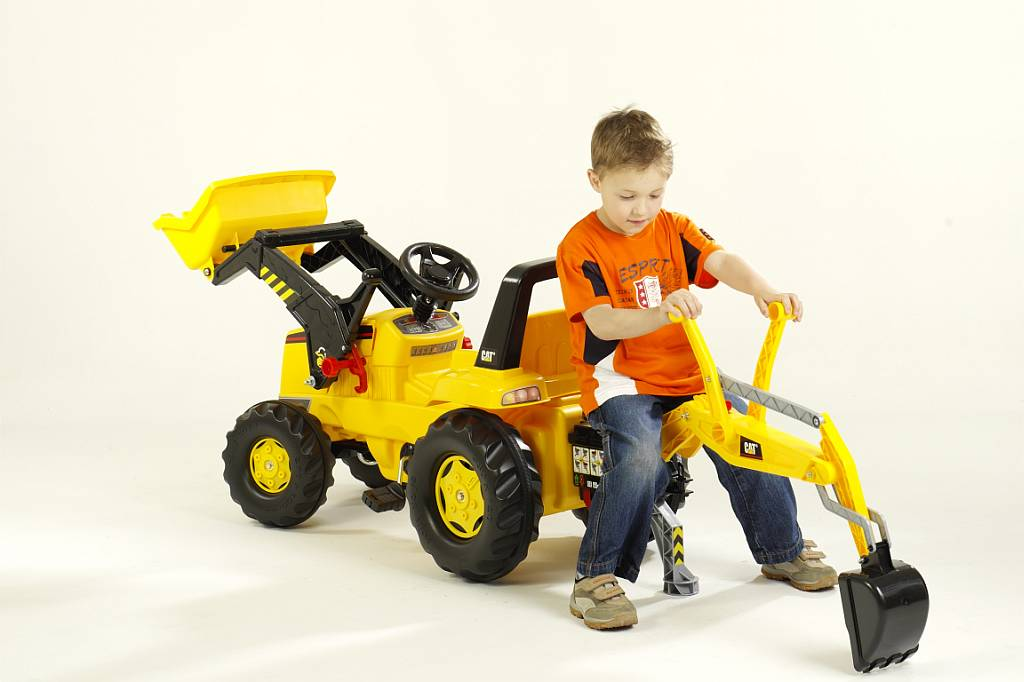 Outdoor Construction Toys : Dig up summer fun with this ultimate outdoor toy